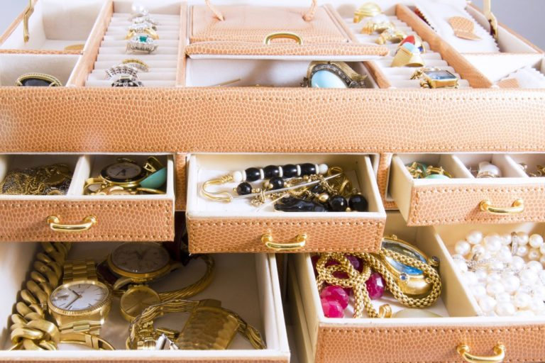 Gold jewelry in jewelry boxes