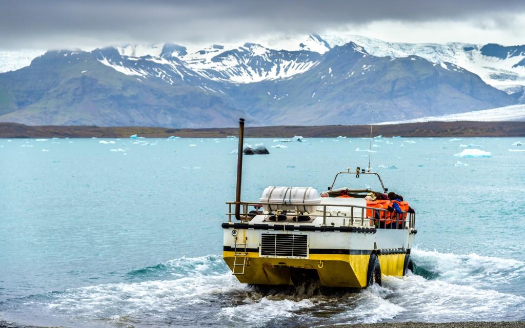 Amphibious vehicle in Jokulsarlon glacier lagoon - South Iceland